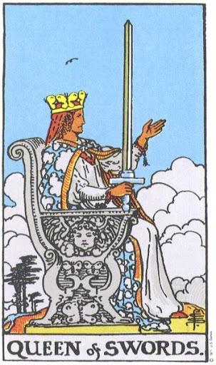 Ý Nghĩa Biểu Tượng 78 Lá Bài Tarot – Queen of Swords