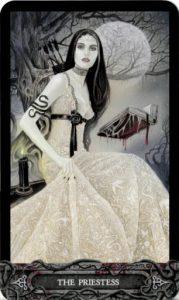 Lá Bài II. The Priestess - Tarot of Vampyres