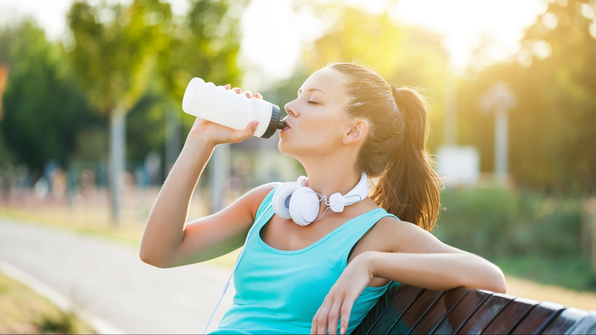 Uống Nước Như Thế Nào Cho Đúng Cách Khi Tập Nhảy? 2