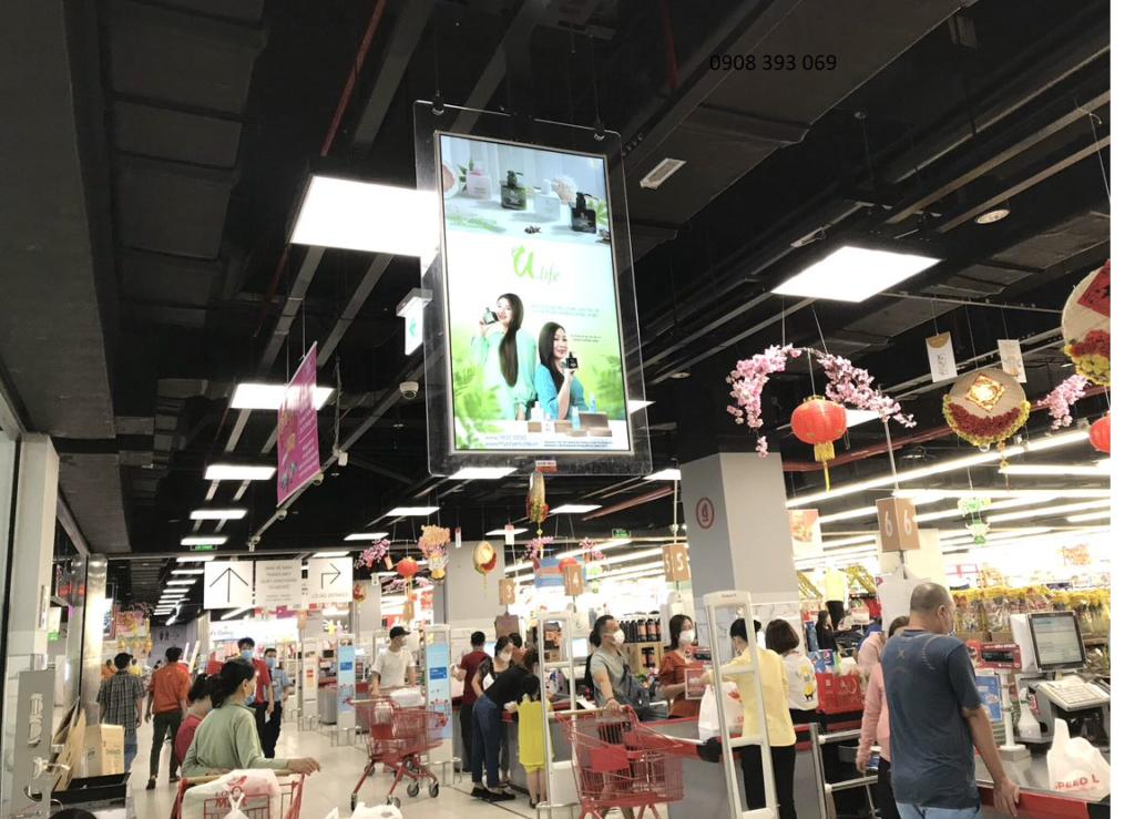 Dịch vụ quảng cáo S@M (LCD & STANDEE) có mặt tại LOTTE MART 2
